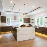 Gloria kitchen