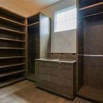 Gloria master closet